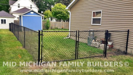 Mid Michiagn Family Builders Fence Project 06 2021 07 02