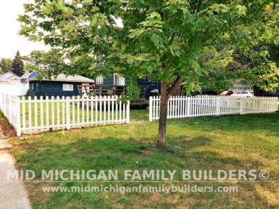 Mid Michigan Family Builders New Fence Project 07 2021 05 01
