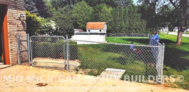 Mid Michigan Family Builders New Fence Project 08 2021 04 01