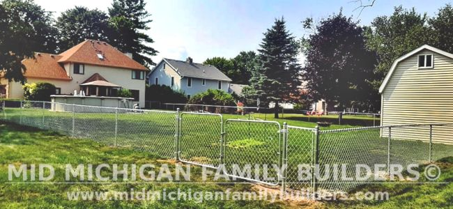 Mid Michigan Family Builders New Fence Project 08 2021 04 02