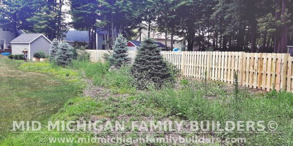 Mid Michigan Family Builders Shadow Box Fence Project 07 2020 01 01