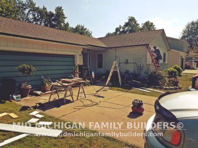 Mid Michigan Family Builders Vinyl Siding Project 08 2019 02