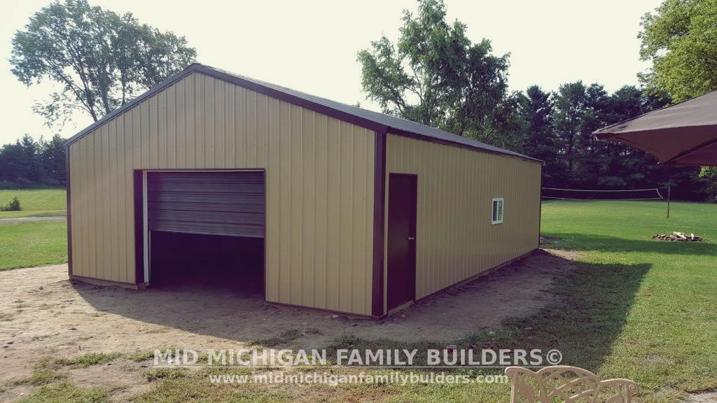 Pole barn 10 2016 professional custom construction for Custom pole barn homes